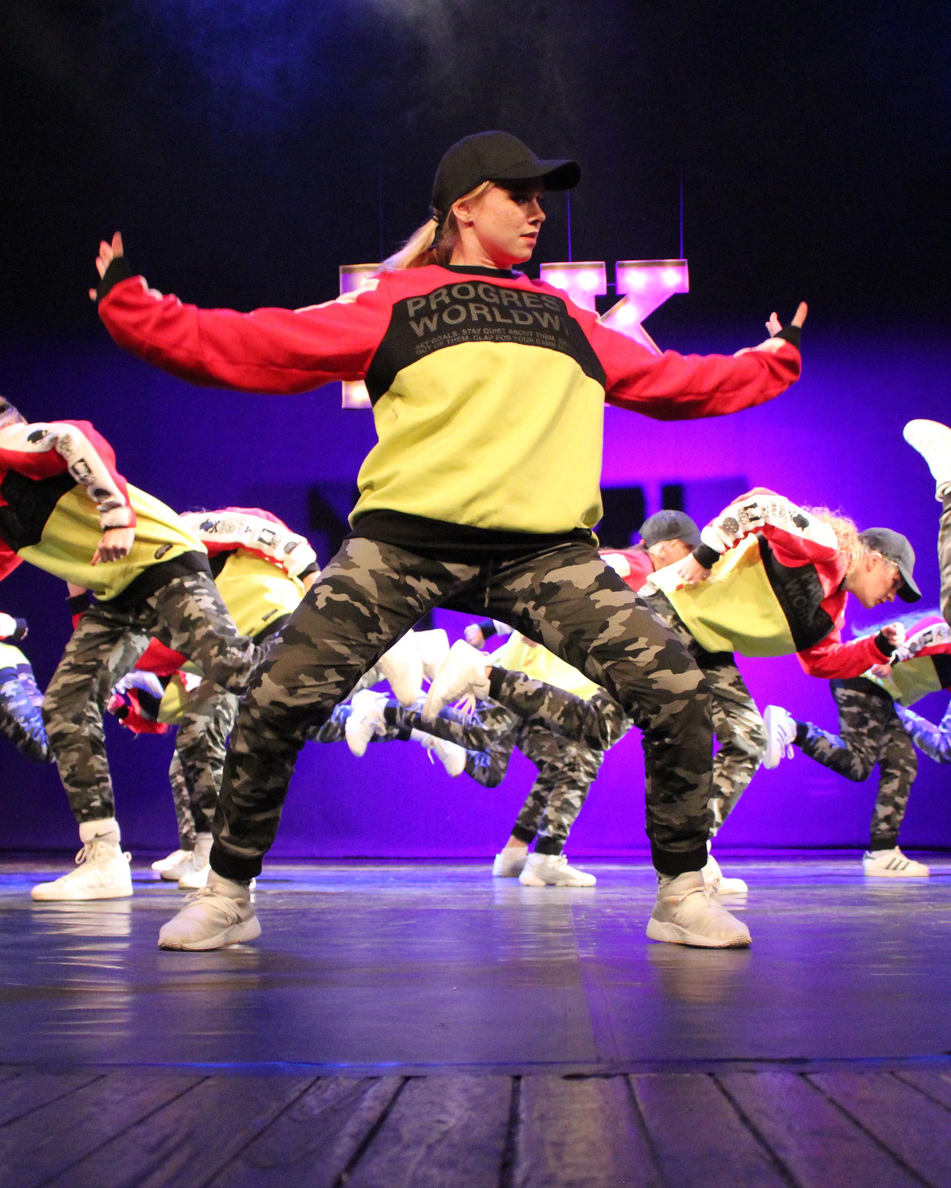 Gatvės šokiai paaugliams
